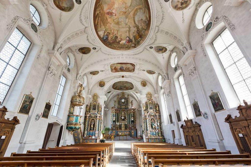 Die Schattdorfer Pfarrkirche von innen.